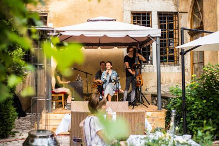 Live music in July in La Campana